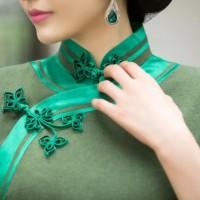 有一种极致的美丽叫旗袍,还有一种极致的精致叫盘扣